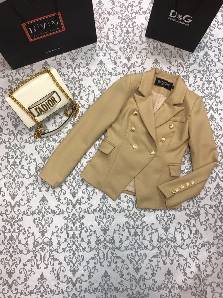 Стильный женский классический пиджак