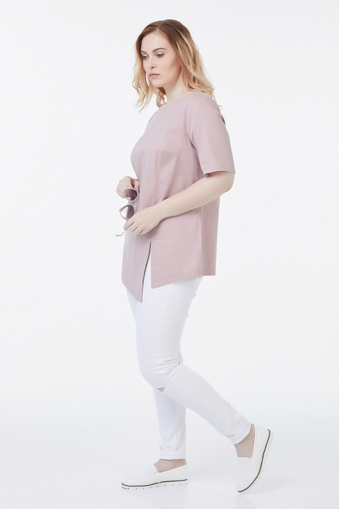 Женская блузка с асимметричным низом