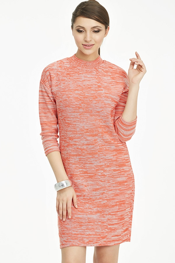 Вязаное платье из смесовой меланжевой пряжи