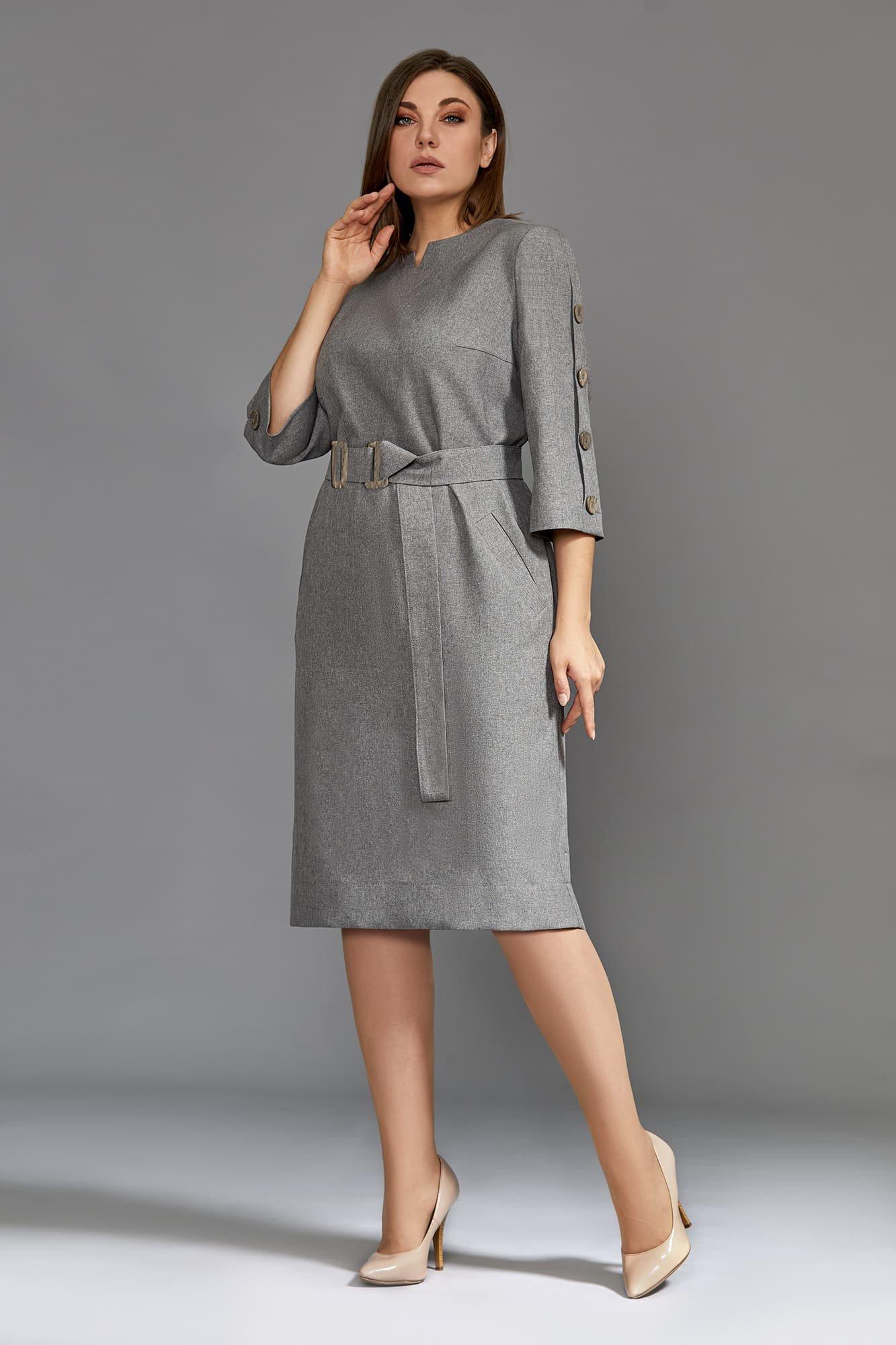 Женское серое платье с поясом