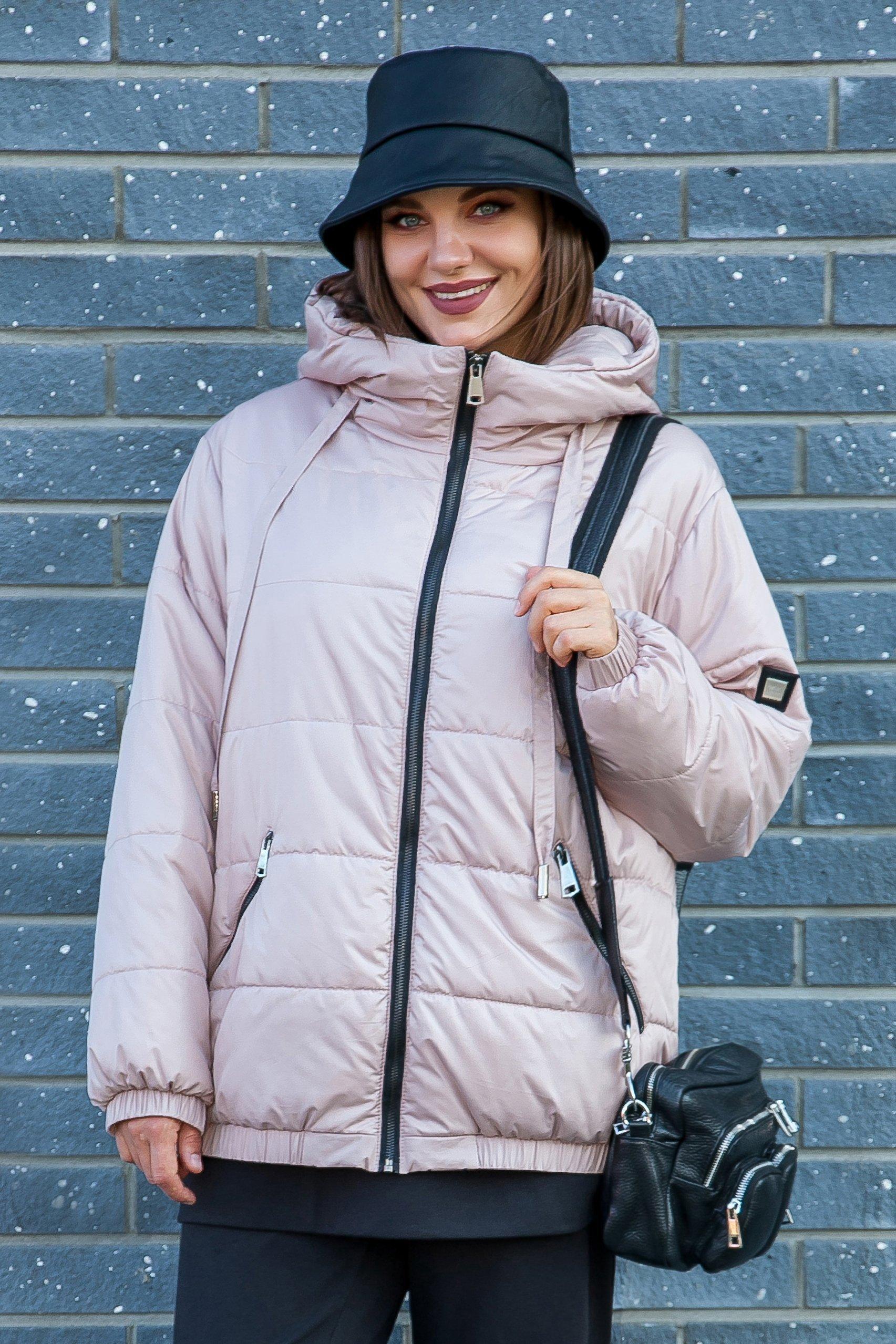 Женская куртка с капюшоном с карманами на молнии